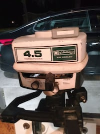 Outboard motor Ted Williams 4.5 hp runs great