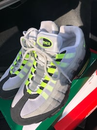 Air Max 95 Patch OG Neon  Blythewood, 29016