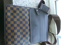 gray and black Louis Vuitton leather handbag Nashville, 37013