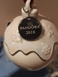 New - Pandora christmas tree ornament Mississauga