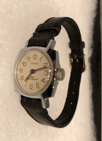 NICE CLEAN TIMEX WATCH Nanaimo, V9T 2N6