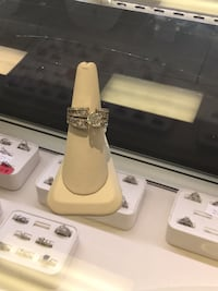 Diamond Engagement ring Chicago Heights, 60411