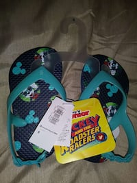 Toddler sz 6c sandals