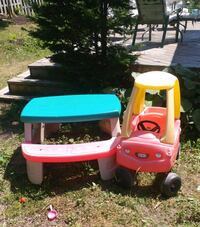 Car and table (55$ for both_) Québec, H8T 2L1