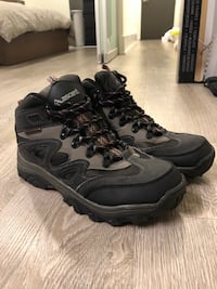 Mens Hiking Boots from the MEC 536 km