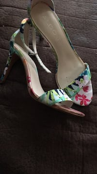 Pair of green-and-pink floral platform stilettos National City, 91950