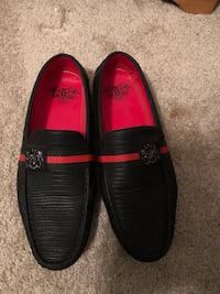 Royal shoes (Red & Black Driver shoes size 10) Fort Washington, 20744