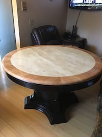 Round white and brown marble top table Glendale, 91204