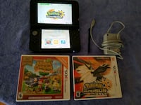Nintendo 3ds XL with charger and 2 games  Clinton, 20735