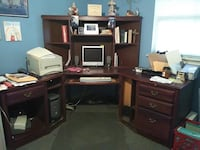 Office Desk - make me an offer Dallas, 75229