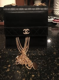 Chanel black and gold purse Arcade, 95821