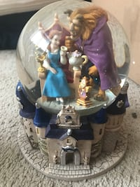 Beautiful vintage Beauty and the Beast snowglobe Alexandria, 22304