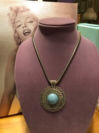 Pretty!  Silver Necklace with Beautiful Turquoise Center Stone