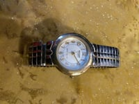 Lot of 4 ladies watches,all working,no battery. Keizer, 97303