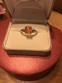 Pretty! Silver Amber color stone ring Gainesville, 20155