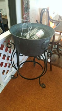Vintage metal Cauldron with Stand Kensington, 20895