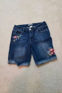kid size 14 shorts Clarksburg, 20871