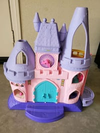 Little Girls Kids castle and house for dolls Toy figures