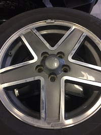 Jeep Compass/patriot wheels and tire ls Milton