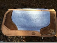 Horse saddle pad.  Showman. Used handful of times Lanett, 36863