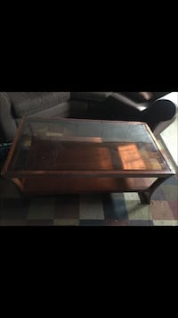 Coffee table, end table, & lamp set