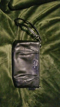 black leather Coach wristlet Hudson, 01749