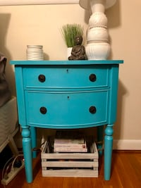 MOVING SALE! Turquoise bed side table Arlington, 22205