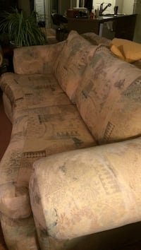 Chesterfield . Stuffed oversized  cushions. Very comfortable   Leamington