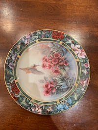 The Allen's Hummingbird Collector Plate East Gwillimbury, L0G 1V0