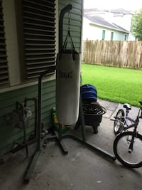 Boxing bag and stand Houston
