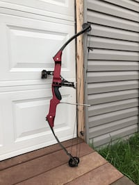 red and black compound bow Shippenville, 16254