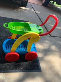 Kids toy shopping cart