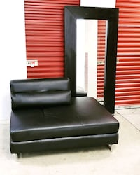 Lounge chair w Large mirror  Bladensburg, 20710