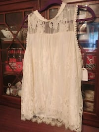 Nwt lace shirt Cookeville, 38506