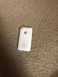 Apple iPhone 3GS 16GB Variant in great shape. Lorton, 22079