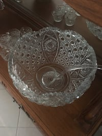Heirloom Crystal punch bowl with 16 cups Lake Worth, 33460