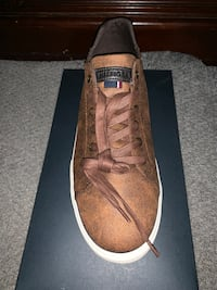 Brand new  Tommy Hilfiger low top shoes(Brown)  Alexandria, 22309