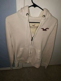 White Hollister sweater  Edmonton, T5T 5H4