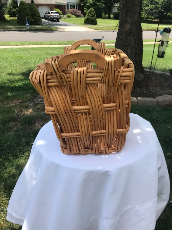 Wicker basket 1