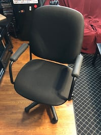 Office chair Toronto, M3J 1P9