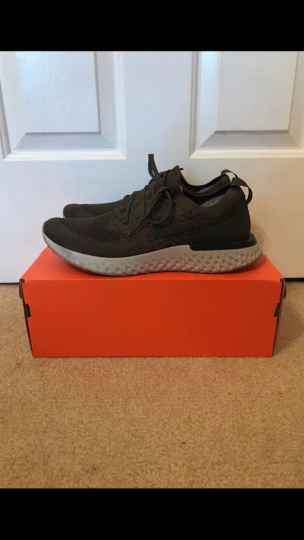 Nike Flyknit Epic React Olive Size 11