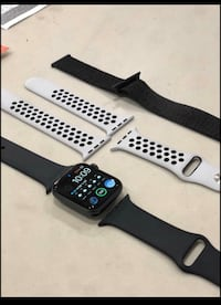 Apple Watch series 4 (44mm); 3 watch bands included Triangle, 22172