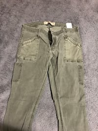Size 9 hollister mid-waist jeans