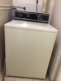 Like new, kitchen aid , matching washer and dryer. $500 for the set. Millersport, 43046