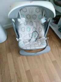 baby's gray and white high chair Oxford, 36203