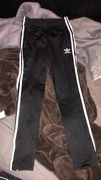 Black and white adidas track pants Sherwood Park, T8A 2K8