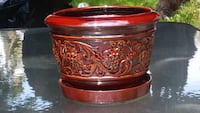 embossed filigree red ceramic pot Montreal, H9H 2H7