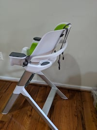 4moms high chair - easy to clean with magnetic, one-handed tray attachment Germantown, 20874