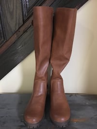 Brown Leather Boots-like new