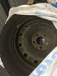 Snow tries Goodyear P215/60R16 with Rims for 2008 Hyundai Sonata Mississauga